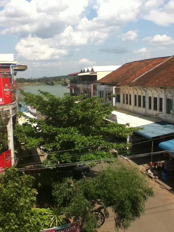 Kompong Kampang Cham Balcony Budget Cheap Guest House Mekong